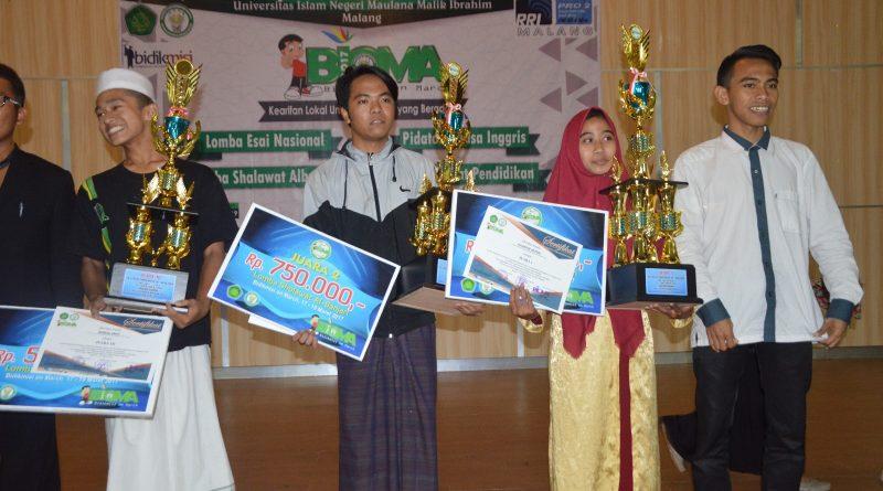 5_Al-Ligator Juara I Festival Banjari se-Jawa Bali UIN Malang