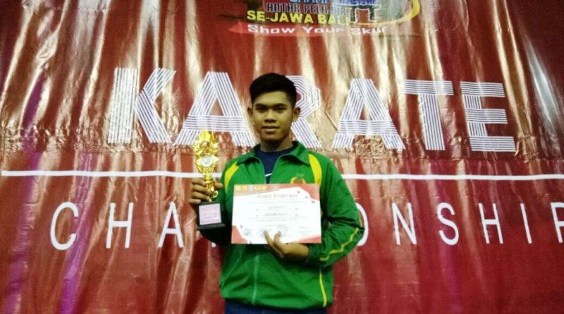 Saktia Juara III Karate Jawa Bali (1)