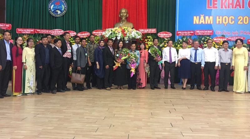 SMK Krian 1 Menghadiri Simposium Pendidikan ASEAN di Vietnam