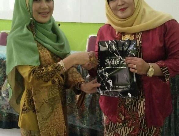 Semangat Kartini SMK Krian 1 2018 (10)