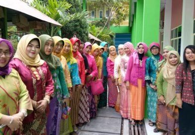 Semangat Kartini di SMK Krian 1