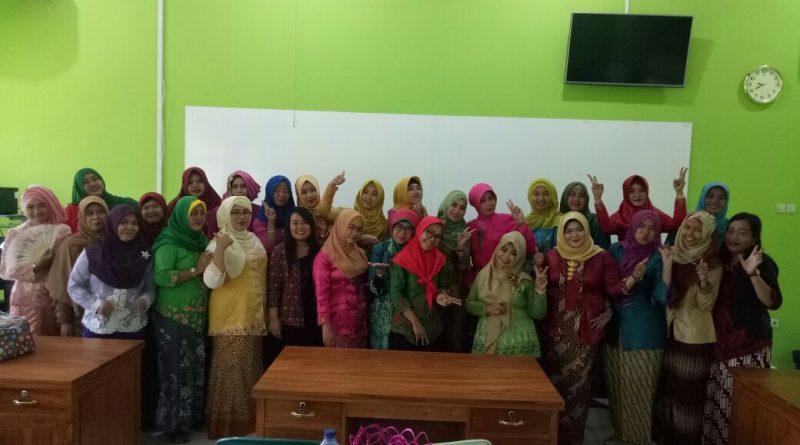 Semangat Kartini SMK Krian 1 2018 (8)