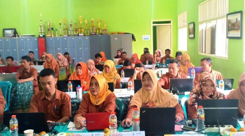Upgrading Guru 2019-2020 Hari 2 (2)