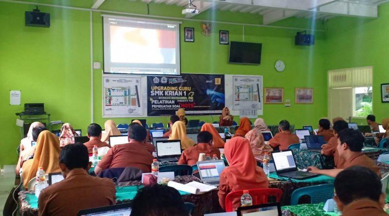 Upgrading Guru 2019-2020 Hari 2 (5)